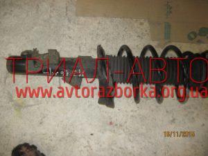 Амортизатор передний на Mazda 3 2003-2009 г.в.