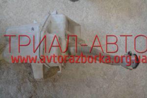 Бачок омывателя на RAV 4 2006-2012 г.в.