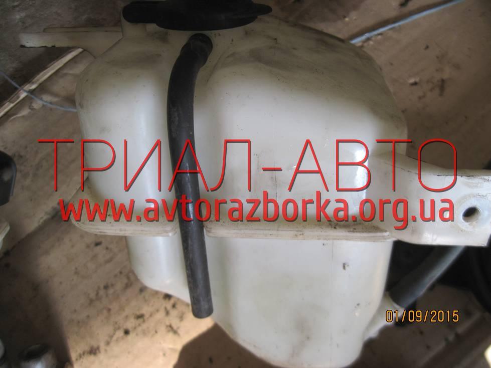 Бачок радиатора на Sonata 2005-2009 г.в.