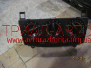Блок управления кондиционером на Mazda 3 2003-2009 г.в.