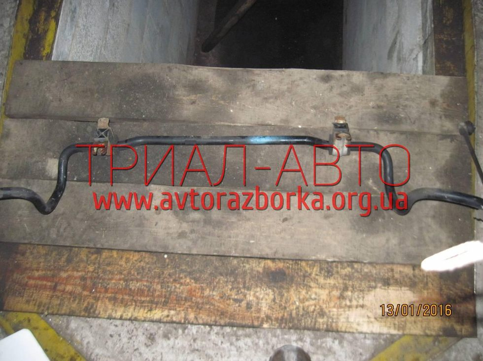 Стабилизатор передний на Micra 2005-2010 г.в.
