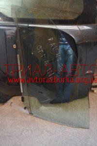 Стекло боковое переднее на RAV 4 2006-2012 г.в.