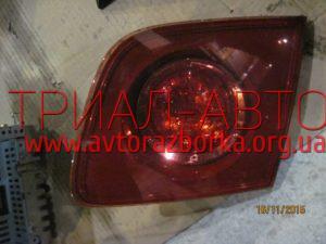 Фонарь внутренний на Mazda 3 2003-2009 г.в.