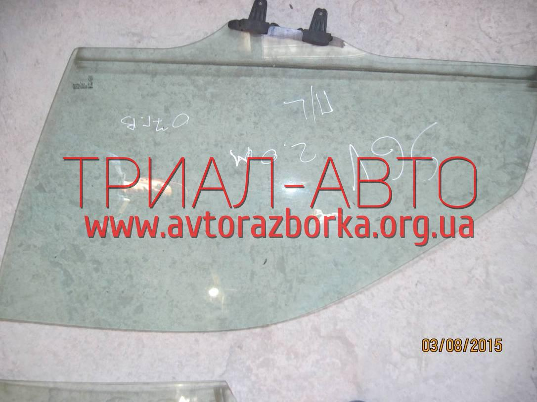 Стекло боковое переднее на Grand Vitara 2006-2013 г.в.