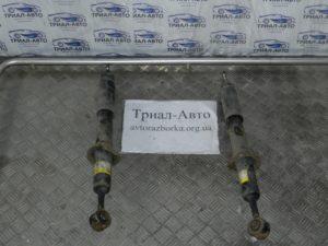 Амортизатор передний на PRADO 120 2003 — 2009 г.в.