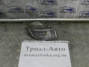 Противотуманка правая на PRADO 120 2003 — 2009 г.в.