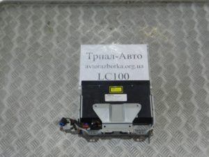 CD-чейнджер на Land Cruiser 100 1998 — 2006 г.в.