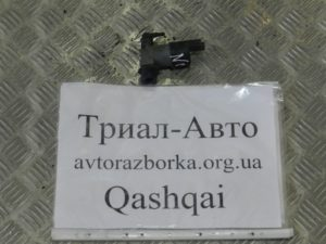 Насос омывателя фар на Qashqai 2007-2013 г.в.