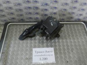 Корпус воздушного фильтра на L200 2006-2012 г.в.