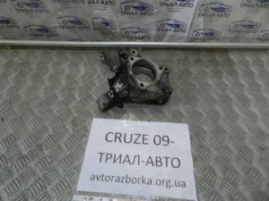 Кулак правый на Cruze 2009-2016 г.в.