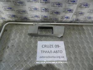 Накладка стойки левая верхняя на Cruze 2009-2016 г.в.