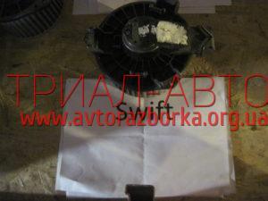 Вентилятор печки 7415062JA0 на Swift 2005-2010 г.в.