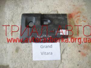Декоративная крышка двигателя на Grand Vitara 2006-2013 г.в.