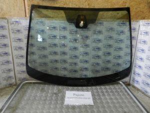 Стекло лобовое на Mitsubishi Pajero Wagon 4