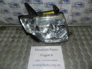 Фара правая ксенон 8301B532 8301B244 на Mitsubishi Pajero Wagon 4