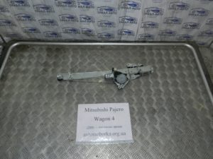 Стеклоподьемник передний правый на Mitsubishi Pajero Wagon 4