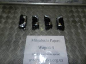 Ручка внутренняя на Mitsubishi Pajero Wagon 4