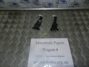 Омыватель фары на Mitsubishi Pajero Wagon 4