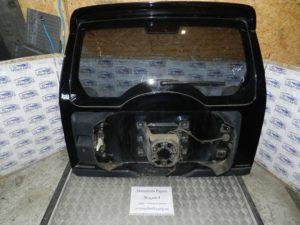 Крышка багажника на Mitsubishi Pajero Wagon 4