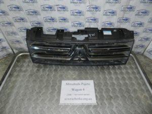 Решетка радиатора 7450a368 на Mitsubishi Pajero Wagon 4