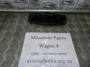 Зеркало салонное на Mitsubishi Pajero Wagon 4