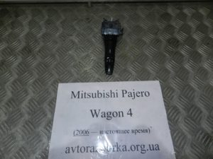 Подрулевой переключатель левый 8614A071 на Mitsubishi Pajero Wagon 4