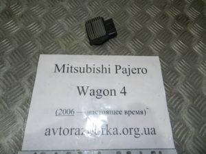 Резистор печки MR315499 на Mitsubishi Pajero Wagon 4