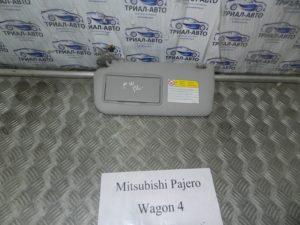 Козырек левый на Mitsubishi Pajero Wagon 4