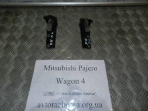 Навес капота на Mitsubishi Pajero Wagon 4