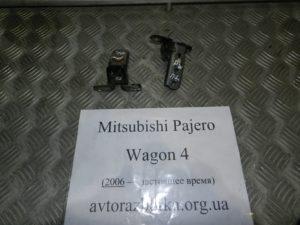 Навесы двери задней правой пара на Mitsubishi Pajero Wagon 4