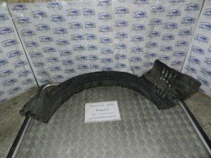 Подкрылок передний правый на Mitsubishi Pajero Wagon 4