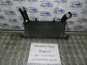 Интеркуллер 1530A052 на Mitsubishi Pajero Wagon 4