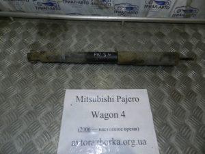 Амортизатор задний левый 4162A436 на Mitsubishi Pajero Wagon 4
