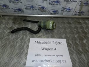 Бачок гидроусилителя  4455A272 на Mitsubishi Pajero Wagon 4