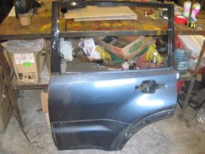 Дверь задняя левая на Mitsubishi Pajero Wagon 4