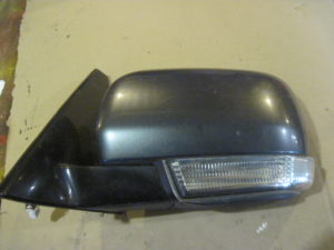 Зеркало левое на Mitsubishi Pajero Wagon 4
