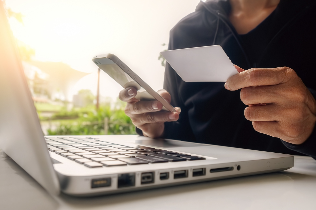 Особенности покупки автозапчастей б/у онлайн