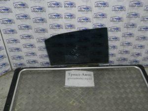 Стекло боковое заднее правое на Toyota Camry 40 2006 — 2011
