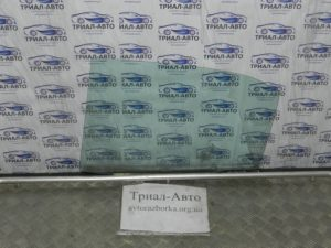 Стекло боковое заднее левое на Toyota Camry 40 2006 — 2011
