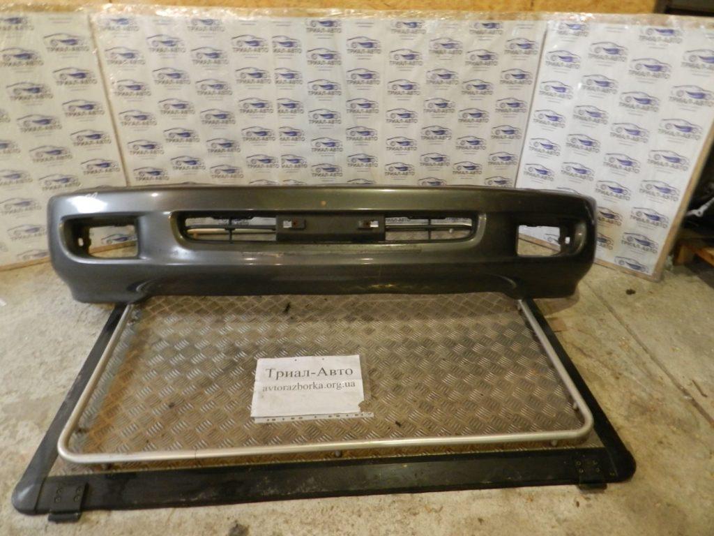 Бампер передний комплект (бампер, усилитель, решетки) Land Cruiser 100 1998 — 2006