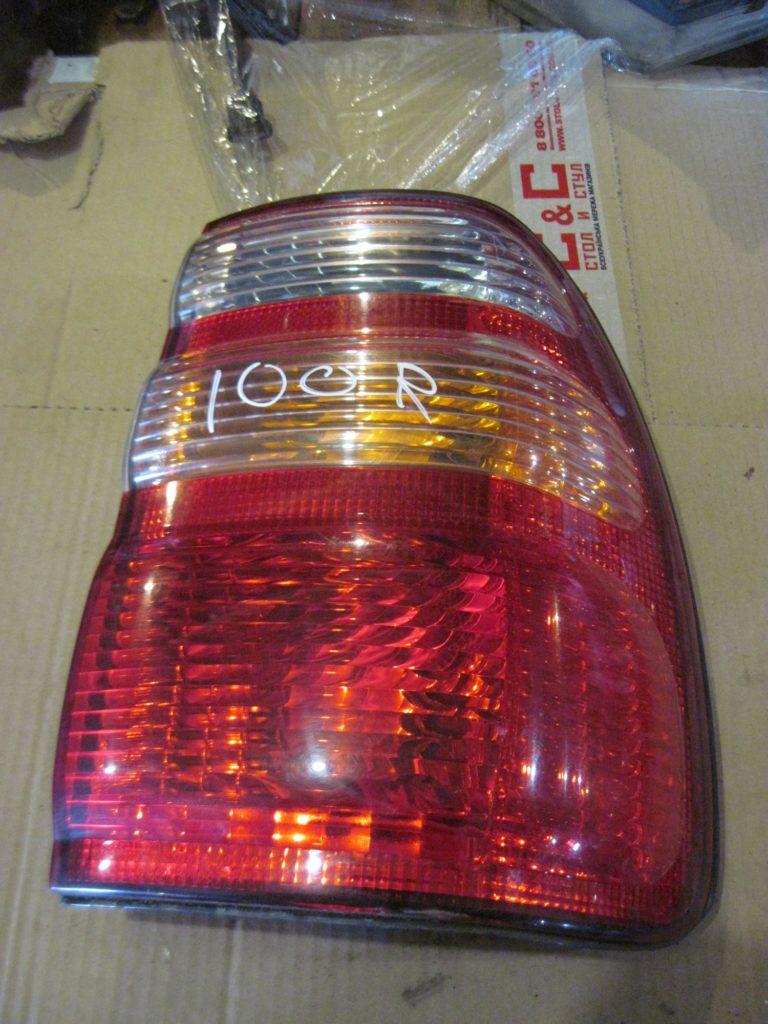 Фонарь внешний правый Land Cruiser 100 1998 — 2006