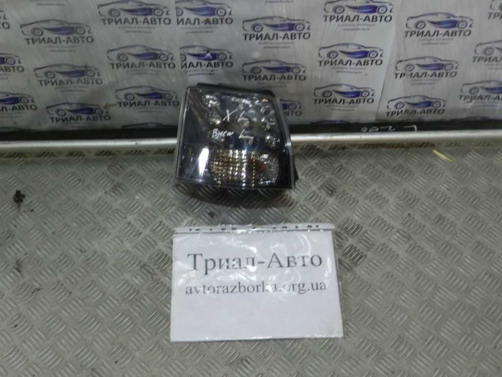 Фонарь внешний левый Outlander XL 2007-2012