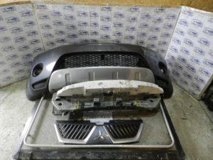 Бампер передний комплект L200 2006-2012