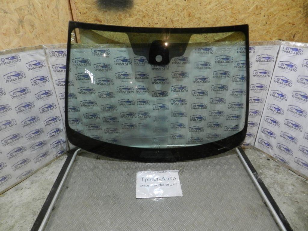 Стекло лобовое Pajero Wagon 4 2007-2012
