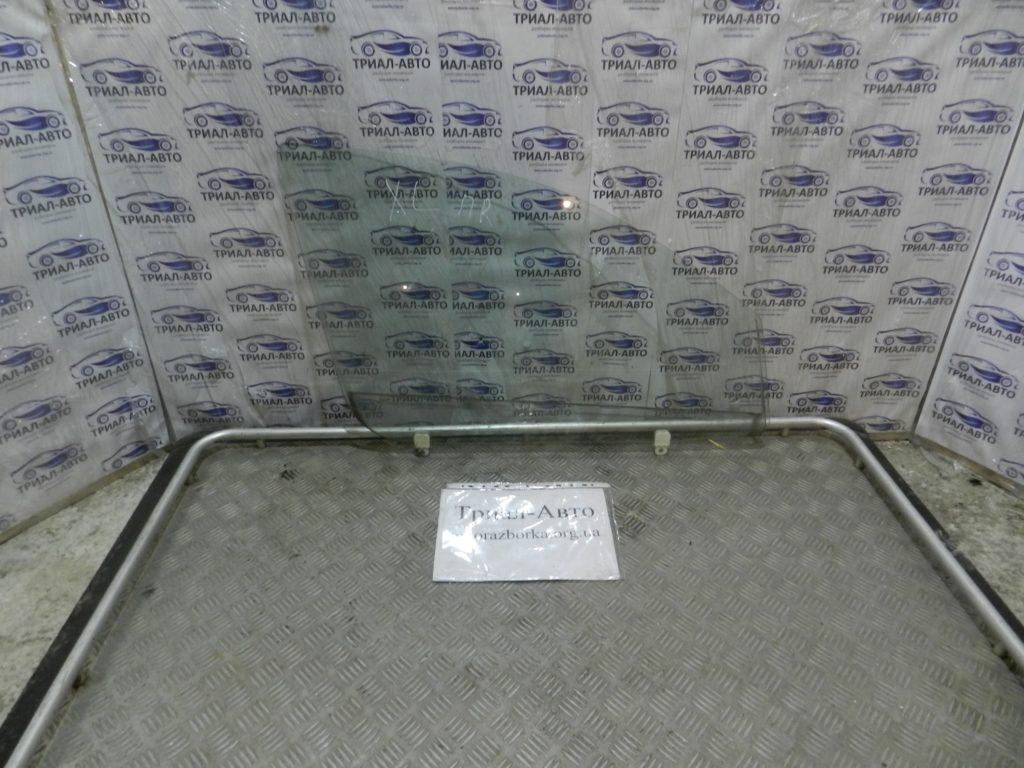 Стекло боковое переднее правое Outlander XL 2007-2012