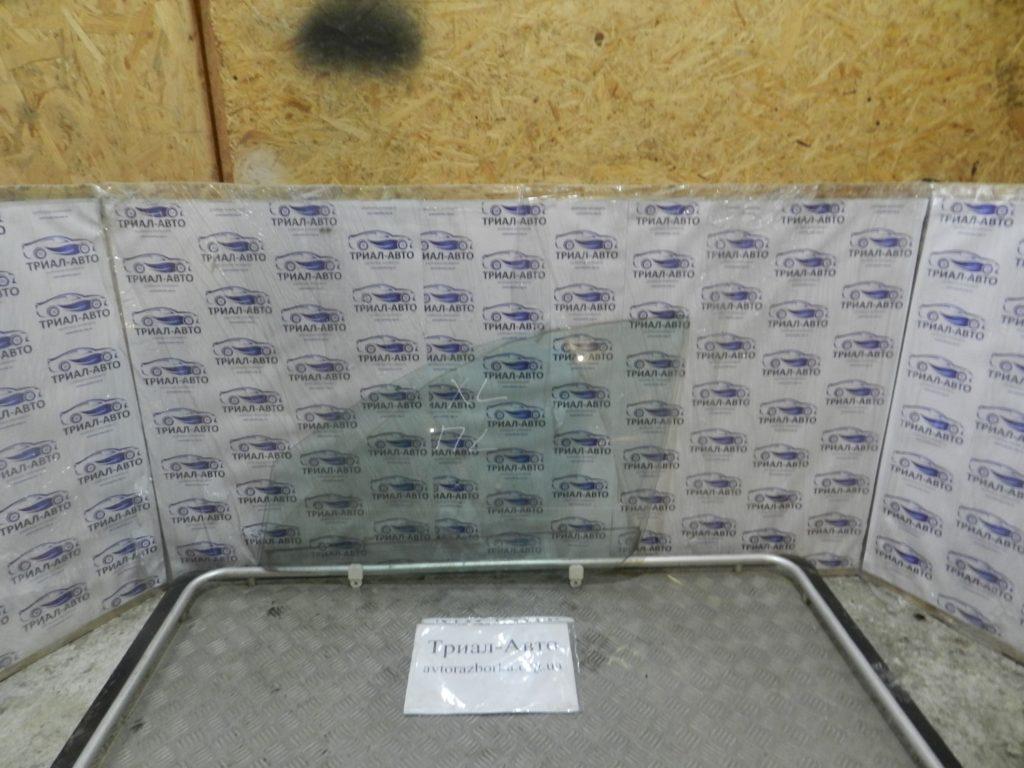Стекло боковое переднее левое Outlander XL 2007-2012