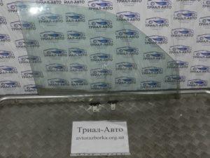 стекло боковое передние правое. Grand Vitara 2006-2014 2,0m