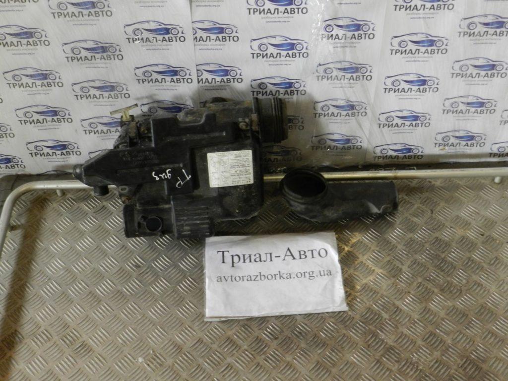 Корпус воздушного фильтра Prado 120 2003-2009 3.0 Disel