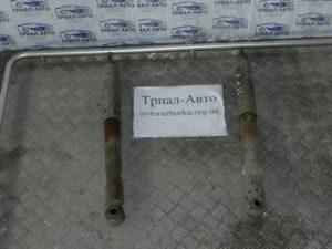 Aмортизатор задний левый Prado 120 04-09 4,0