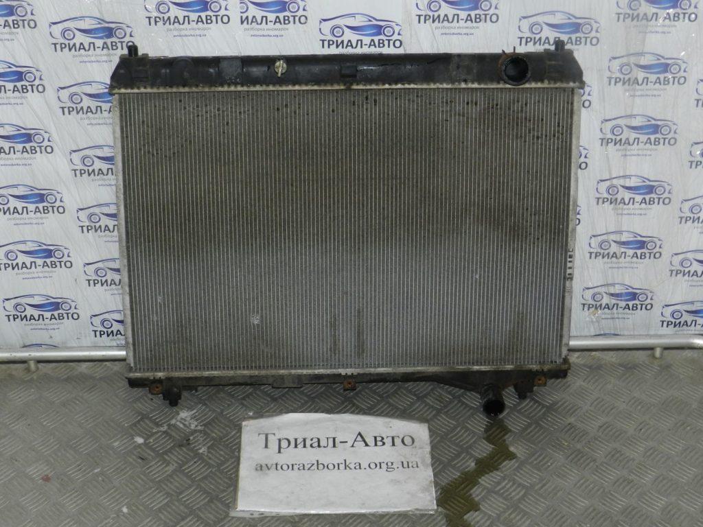 Радиатор охлаждения на Grand Vitara 2,0m